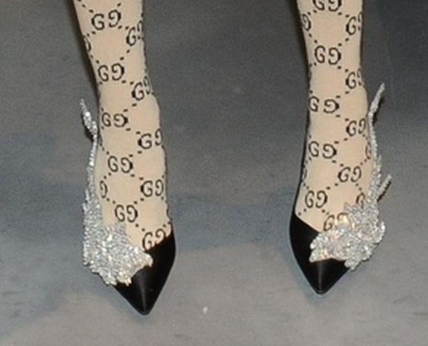 637137b136e555 Horodyńska w skarpetach Gucci i szpilkach za 10 TYSIĘCY - PUDELEK